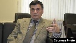 «Назарбаев университетінің» өмір туралы ғылымдар орталығының бас директоры Жақсыбай Жұмаділов. Астана, 6 қараша 2012 жыл.
