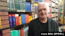 Mile Stojić jedan je od intelektualaca koji su se 90-ih godina javno očitovali protiv nadolazećih podjela i rata na prostoru bivše Jugoslavije