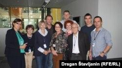 Lela Margitić, Pero Kvrgić i Marko Torjanac u redakciji Balkanskog servisa RSE u Pragu