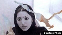 سميرا مخملباف متولد ۲۶ بهمن ۱۳۵۸ در تهران است و در ۸ سالگی در فيلم بايسيکلران ساخته پدرش بازی کرد.