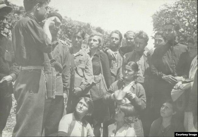 Студенты педтехникума на уроках военного дела, 1932 год