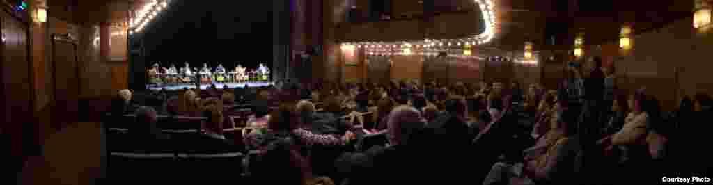 میزگرد «جنایت علیه بشریت»؛ ۱۸ مهر ۸۸ برلین - عکسها از آزاد اصلانی