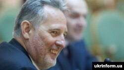 Ukrainian oligarch Dmytro Firtash (file photo)