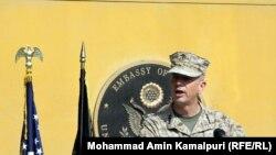 Командующий международными силами в Афганистане генерал Джон Аллен