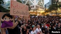 Protest Hong Kong pentru ca militanții pentru democrație să nu fie extrădați regimului de la Beijing