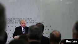 În cursul vizitei la sediul CIA de la Langley, Virginia, 21 ianuarie 2017