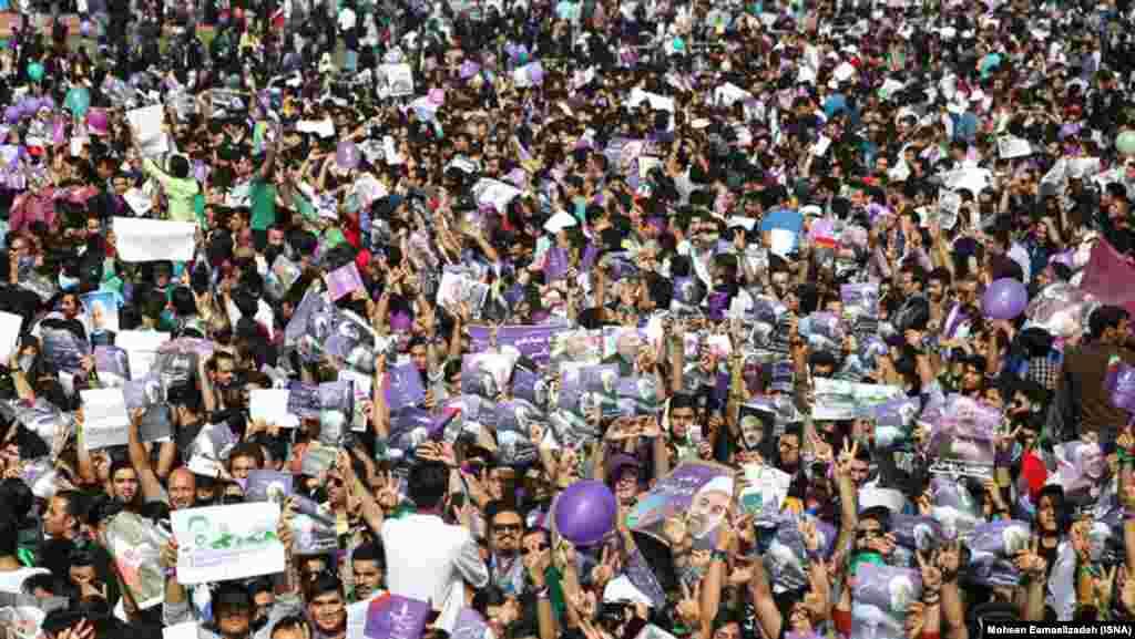 حامیان روحانی در مشهد
