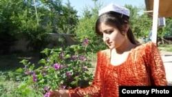 Раджабби Хуршед накануне свадьбы (фото из семейного альбома)
