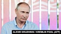Президент России Владимир Путин на молодежном форуме «Таврида». Крым, 20 августа 2017 года