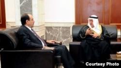 المالكي يستقبل السفير الكويتي في بغداد