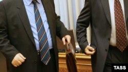 Экономист Ясин полагает, что появление в кабинете новых министров не приведет к корректировке курса