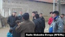 Жители на селото Лојане кај Куманово.