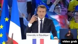 مکرون: فرانسه به د اروپا دفاع کوي او د فرانسویانو او اروپا اړیکې به پیاوړې کوي.