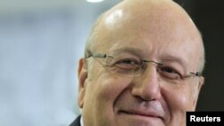 Lebanon -- Member of Parliamnet Najib Mikati at a news conference after meeting President at the presidential palace in Baabda, 24Jan2011