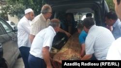 Похороны журналиста Расима Алиева.