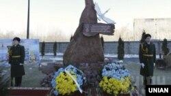 """Мемориал """"Небесной сотне"""" в Киеве, фото УНИАН"""