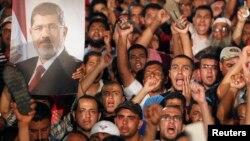 Kajro - Mbështetësit e Mohamed Morsi, presidentit të përmbysur të Egjiptit, 3Korrik2013