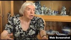 Alexeeva Still06