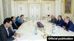 Armenia - Prime Minister Hovik Abrahamian and Energy Minister Yervand Zakharian meet with Ali Salehabadi, managing director of Export Development Bank of Iran, Yerevan, 28Jul2015.