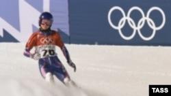 За две недели до Белой Олимпиады серьезные соревнования на зимних спортивных аренах отсутствуют
