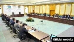 Переговоры узбекско-таджикской делегации. Ташкент, 24 июня 2015 года.