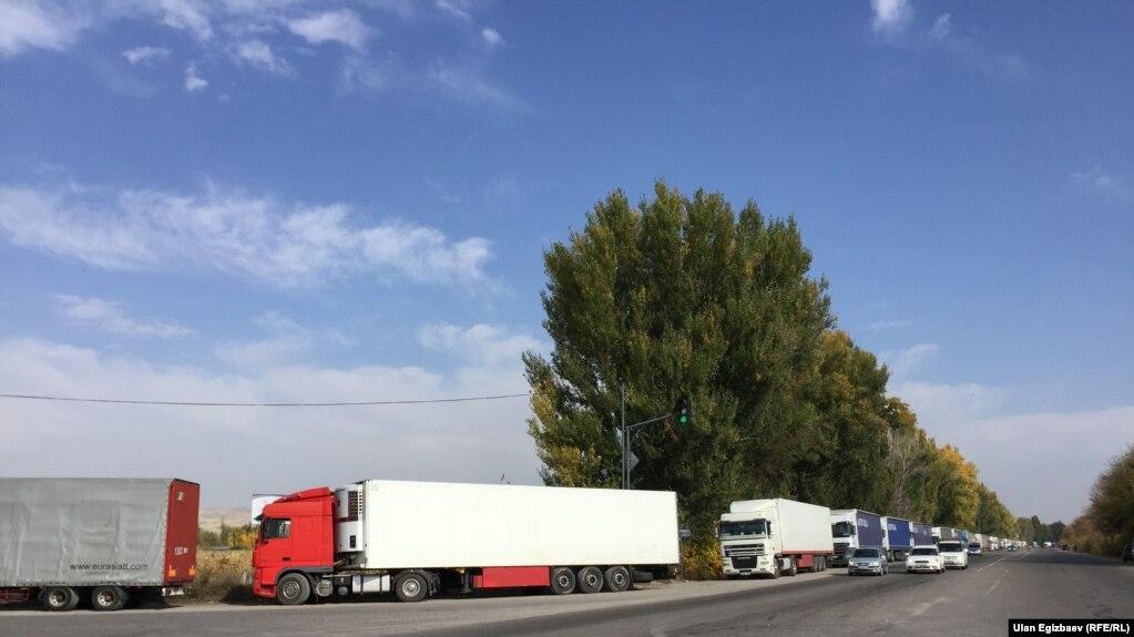 Бюджет Кыргызстана будет корректироваться в связи с ситуацией на границе с Казахстаном