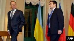 Գերմանիա - Ռուսաստանի և Ուկրաինայի ԱԳ նախարարներ Սերգեյ Լավրովը և Պավլո Կլիմկինը Բեռլինում բանակցություններից առաջ, 12-ը հունվարի, 2015թ․