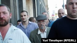 Эдуард Лимонов на Триумфальной площади
