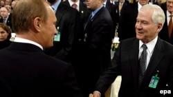 В. Путин ва Р. Гейтс, Мюних, 10-уми феврал баъди анҷоми конфронс