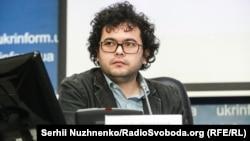 Сакен Аймурзаєв