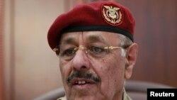 ژنرال علی محسن، از فرماندهان حامی مخالفان در یمن