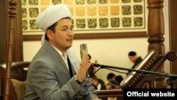 Ранее имам-хатиб Рахматулло Сайфутдинов призвал запретить мужчинам работать гинекологами.