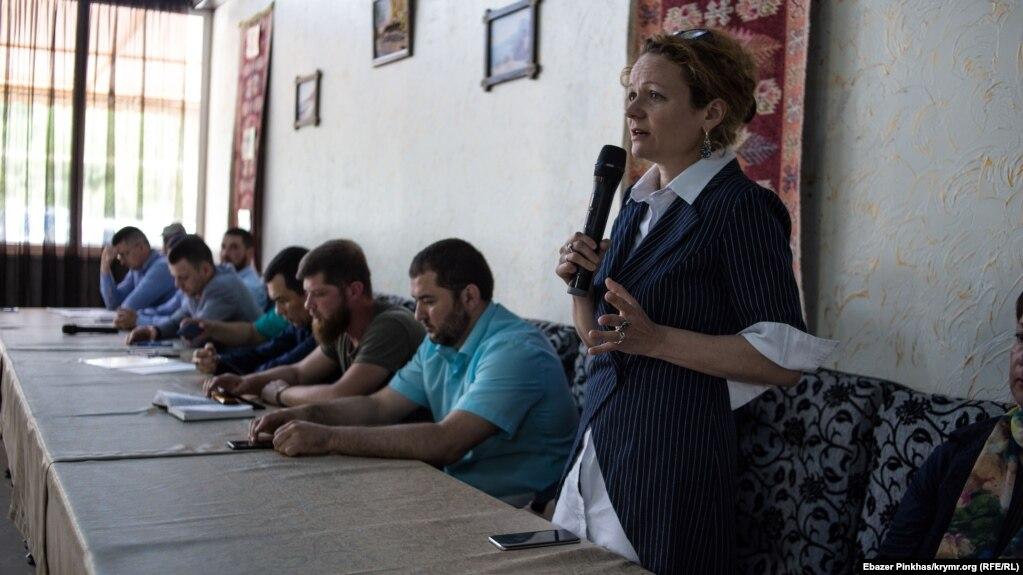 Мария Эйсмонт – адвокат Раима Айвазова впервые посетила собрание Крымской солидарности