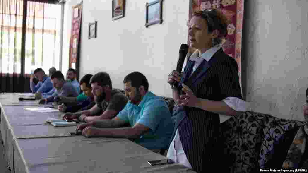Марія Ейсмонт – адвокат Раїма Айвазова вперше відвідала збори