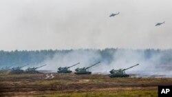Російські та білоруські військові під час навчань у Борисові в Білорусі, вересень 2017 року
