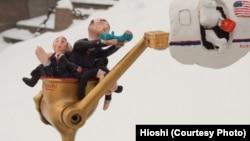 """Хиоши, """"Золотое посмешище"""""""