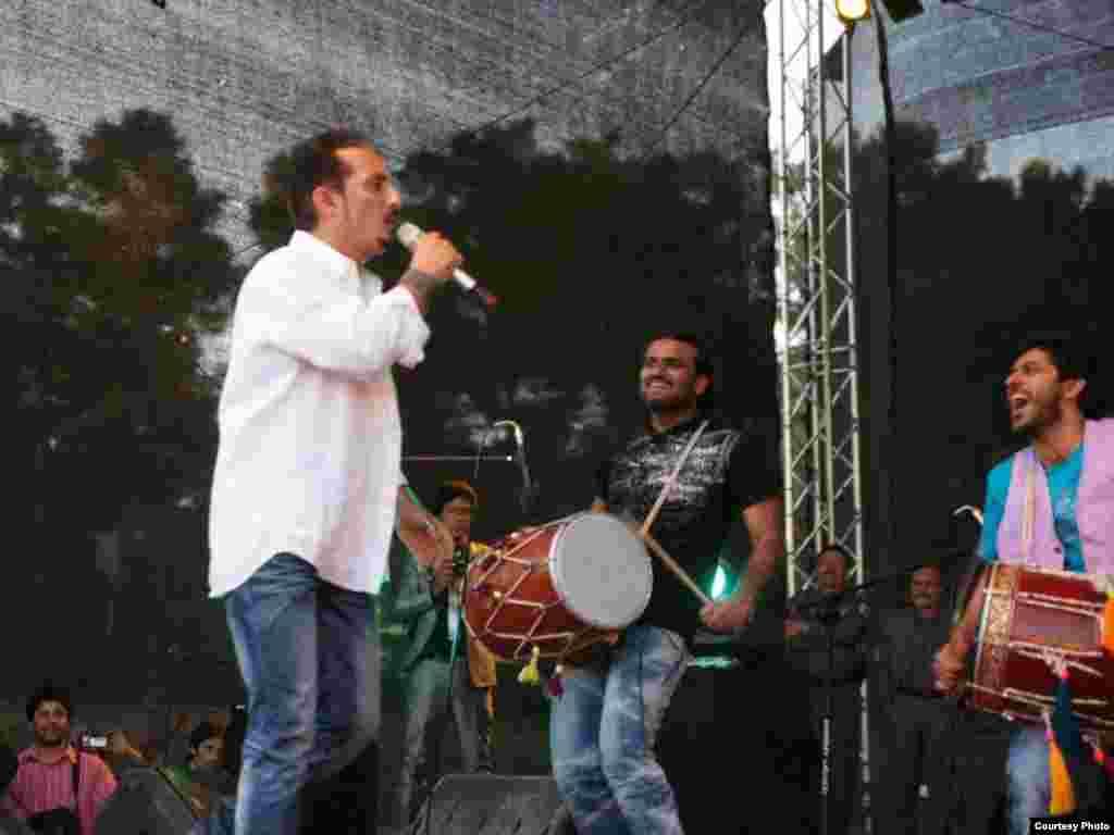 کنسرت فرهاد دریا در شهر هرات