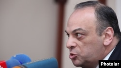 андидата в президенты, бывшего министра иностранных дел Нагорного Карабаха Армана Меликяна