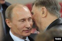 Виктор Тихонов и Владимир Путин, 2011 год