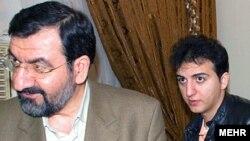 Мохсен Резаи и неговиот син Ахмад.