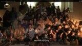 """2013 жылы 15 қазанда YouTube-те &laquo;Сирияға жиһад жасауға барған 150 қазақ&raquo; туралы ұзақтығы 20 минуттық бейнематериал жарияланды. Онда өздерін &laquo;Сирияға жиһад жасау үшін хижра қылғандар (қоныс аударғандар - ред.)&raquo; деп сипаттайтын, қазақ және орыс тілдерінде сөйлейтін ересек ер адамдармен бірге ондаған бала да көрсетіледі.&nbsp;Бұл <a href=""""http://www.azattyq.org/content/kazakhstan_150_people_enter_to_syria_for_jihad/25142626.html"""" target=""""_blank"""">тақырып </a>әлеуметтік желілерде қазақстандық қолданушылар арасында қызу талқыланды."""