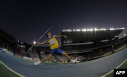 Украинский легкоатлет Александр Пятница метает копье в финале Чемпионата Европы по легкой атлетике 2010. Барселона, июль 2010 года
