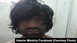 شریف الله معروف به بابک سردستۀ یک شبکۀ سارقین مسلح در کابل بازداشت شد.