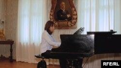 Українська піаністка Наталія Пасічник-Джонсон