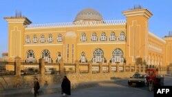 У мечети в афганском городе Кандагаре. Иллюстративное фото.