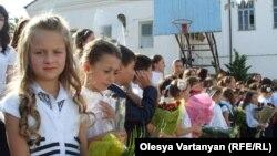 У «Айнара» чуть более 60 учеников