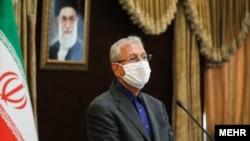علی ربیعی «به تاکید پزشکان در بیمارستان بستری شده است».