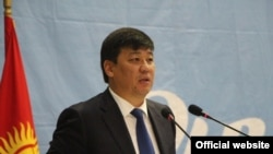 Лидер фракция «Онугуу-Прогресс» Бакыт Торобаев.