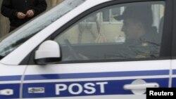Post-patrul maşını. Foto arxiv