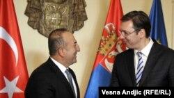 Turski ministar spoljnih poslova Mehmet Čavušoglu i premijer Srbije Aleksandar Vučić, Beograd, decembar 2015.